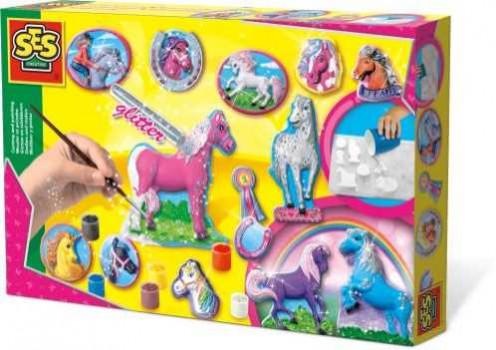 Moulage chevaux paillettes maxi toys 10640588 Réalise en plâtre de magnifiques chevaux en reliefs … Répartis le plâtre dans le moule à relief. Après séchage